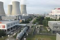 Souprava vjela v sobotu ráno do střežené části jaderné elektrárny Temelín.