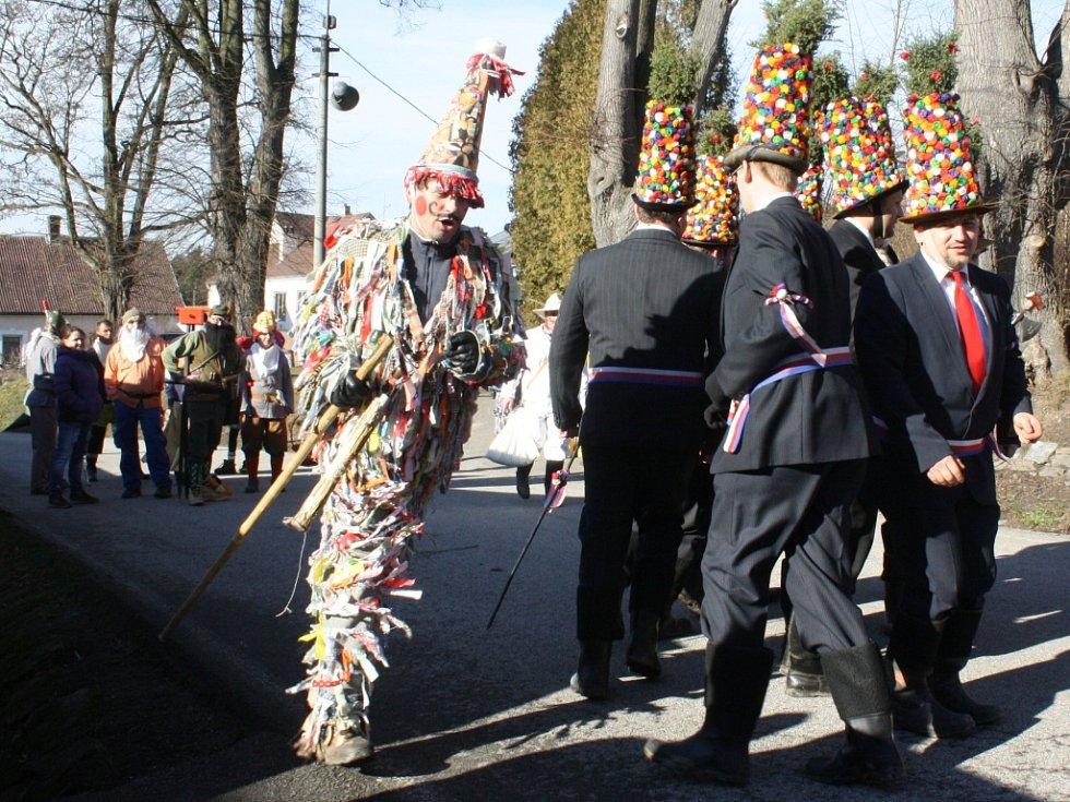 Masopust v Ostrolovském Újezdu.
