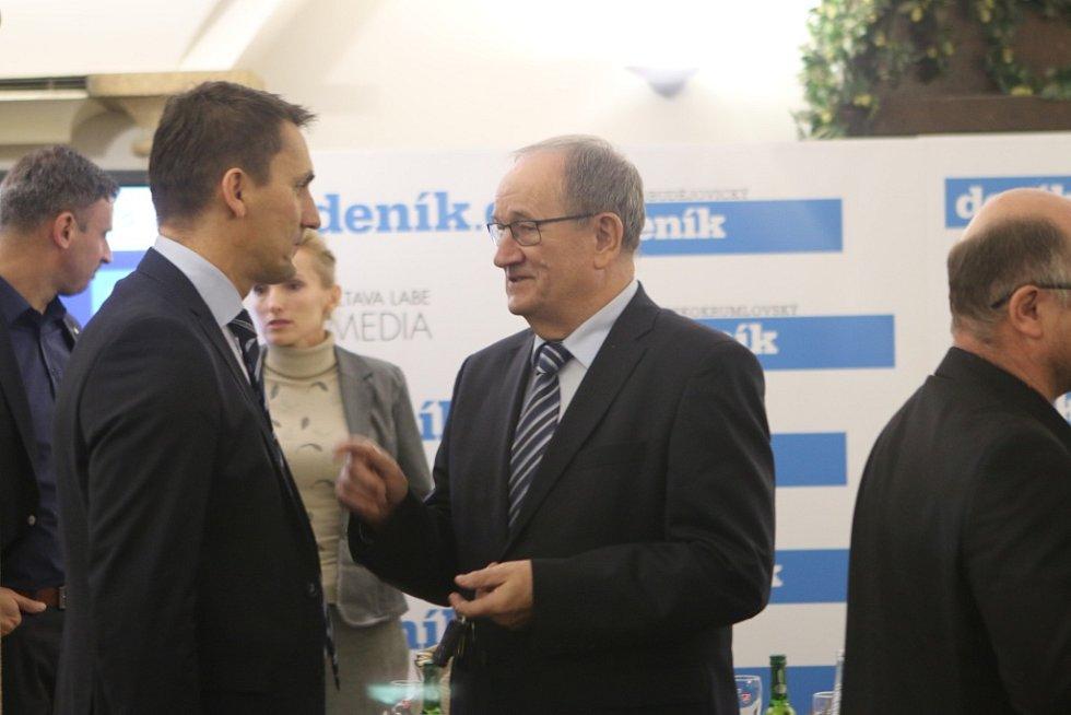 Setkání s hejtmanem Jihočeského kraje. Na snímku vlevo ředitel JE Temelín Bohdan Zronek a generální ředitel Jihostroje Velešín Jiří Gerle.