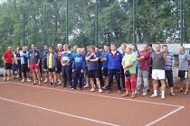 Účastníci nohejbalového turnaje v Borovanech