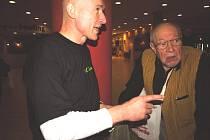 Režisér Zdeněk Tyc přivítal na setkání také svého pedagoga  z FAMU filmového teoretika Borise Jachnina, – tentokrát v roli jednoho z prvních diváků  snímku El Paso.