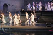 Baletní inscenaci zhlédlo v loňském ročníku na 3000 diváků.