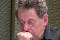 Slavný americký skladatel Philip Glass přijel na otevření lineckého Hudebního divadla, které uvedlo světovou premiéru jeho opery Stopy zbloudilého.