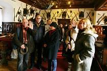Hlubocký zámek je oblíbeným cílem výletníků z celého světa. Pro některé skupiny turistů se nyní změní výše vstupného. Podle kastelána Miroslava Pavlíčka ale budou úpravy minimální. Ilustrační foto.
