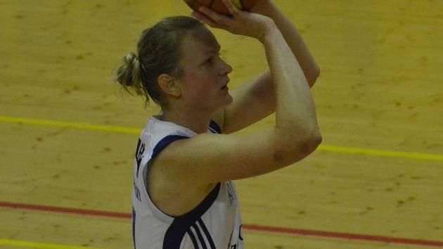 STŘELKYNĚ. V utkání se Slovankou byla nejlepší střelkyní Strakonic Zora Jilečková, která si připsala devatenáct bodů.