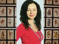 Eva Suchanová umí číst z karet.