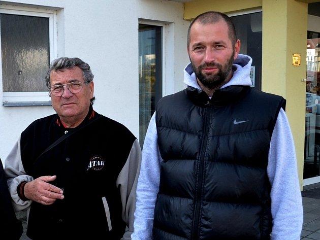 Jindřich Dejmal (vlevo) spolu s jedním ze svých spolupracovníků Leošem Gornickým.