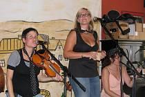 Krajské kolo folkového festivalu Porta se odehraje v sobotu v Soběslavi. Účast je rekordní, přijede 20 účinkujících. Jedním z nich bude Lakomá Barka z Českého Krumlova (na snímku).