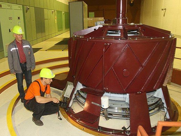 Vodní elektrárna Lipno.
