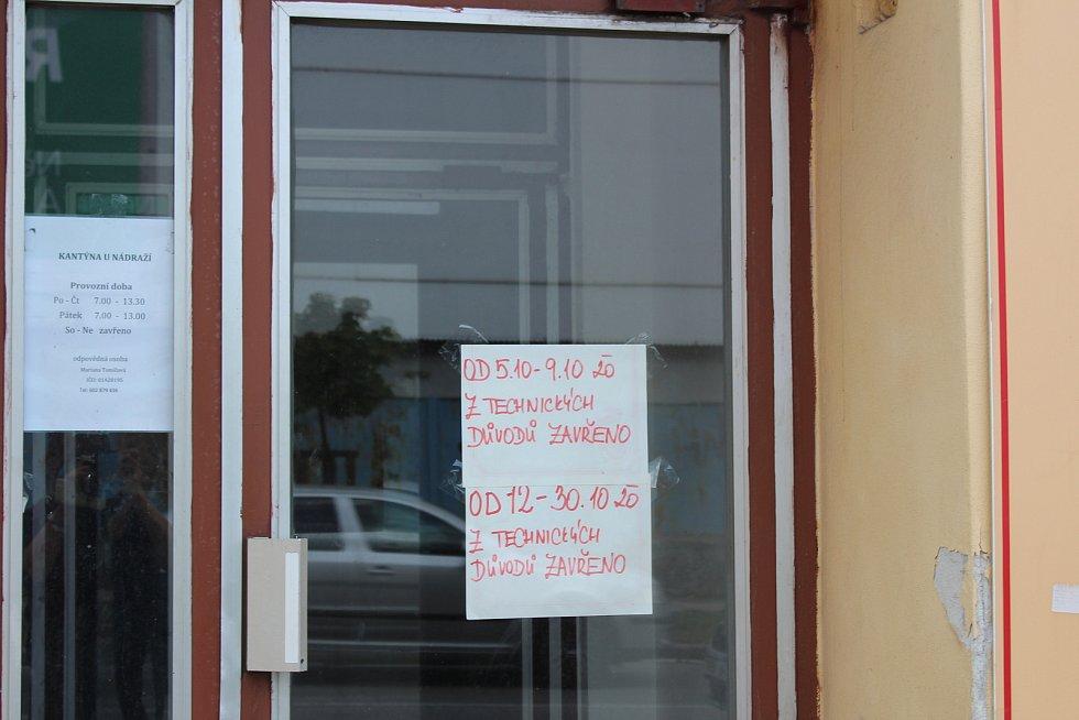 Stravovací zařízení v českobudějovické Průmyslové ulici, kde se objevila žloutenka již v říjnu.