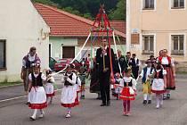 Pětaosmdesát let od založení své obce si v sobotu připomněli baráčníci z Boršova nad Vltavou. Slavnost zahájili průvodem, do něhož se zařadili i baráčníci z dalších míst jižních Čech nebo boršovští dobrovolní hasiči.