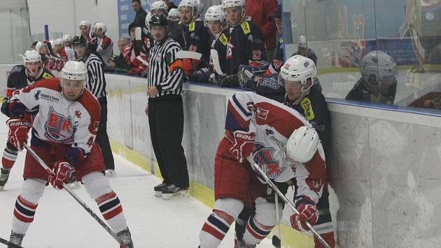 David Michálek a Lukáš Sumerauer (vpravo) při utkání David servisu s Havlíčkovým Brodem (13:6).