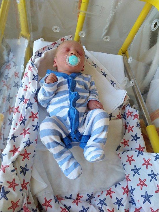 Sebastian Kajtman z Topělce. Syn Pavly a Jaroslava Kajtmanových se narodil 10. 4. 2020 v písecké porodnici. Při narození vážil 3100 g a měřil 49 cm.