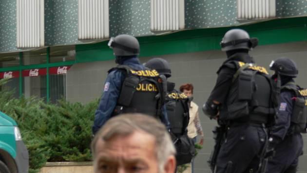Zásahová jednotka Policie ČR byla včera nasazena  na Pražském předměstí.