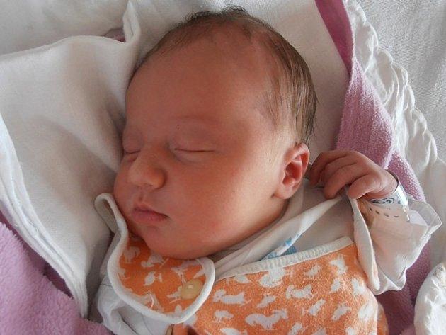 S úctyhodnou porodní váhou 4,11 kg se probojovala na tento svět holčička jménem Lucie Koudelková, a to      v 10 hodin a 23 minut v pondělí 17.3.2014. Pyšnými rodiči prvorozené dcerky jsou manželé Tomáš a Jana Koudelkovi. Domovem Lucinky bude Nové Roudné.