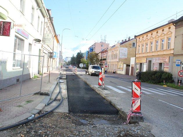 Rekonstrukce vodovodu v Lidické třídě v Českých Budějovicích.