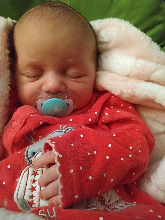 Julie Dubská z Písku. Dcera Radky a Jana Dubských se narodila 28. 3. 2020 v 9.19 hodin v písecké porodnici s váhou 3 150 g. Doma se na sestřičku těšili sourozenci Adélka (10) a Honzík (7).