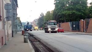 Uzavření Mánesovy ulice