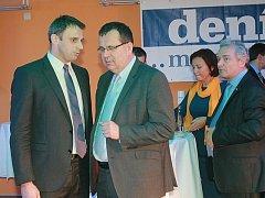 Redakce Deníku před nedávnem zorganizovala setkání podnikatelů, na které pozvala hejtmana Jiřího Zimolu a tehdy budoucího, dnes současného ministra průmyslu a obchodu Jana Mládka.