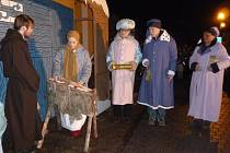 Narození Ježíška ve Voselnu je akce, na které nechybí zpěv ani divadlo. Letos se v Úsilném uskuteční 22. prosince od 18 hodin.