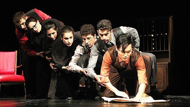 Baletní uskupení tří choreografů Ondřeje Vikláta,Štěpána Pechara a Viktora Konvalinky uvedlo v Jihočeském divadle,v Českých Budějovicích, představení Dekkadancers ve kterém si užijí milovníci baletu a moderního tance