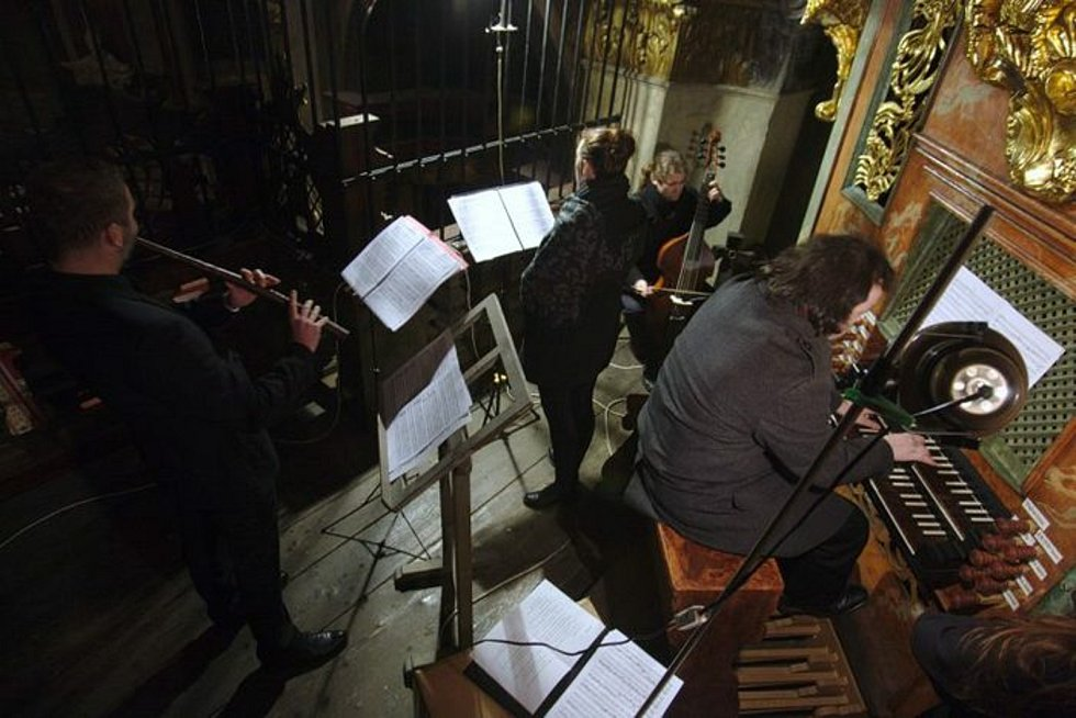 Hudba na soutoku, festival zaměřený na středověkou, renesanční a barokní hudbu, se odehrává v českobudějovických kostelích. Na snímku jeden z letošních účastníků, soubor Vox Clamans.
