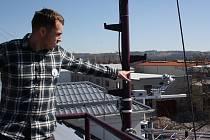 Český hydrometeorologický ústav v Českých Budějovicích se v sobotu otevřel veřejnosti. Odborníci lidem vysvětlili, jak fungují přístroje, jak se vytváří předpověď počasí a spoustu dalších zajímavostí.