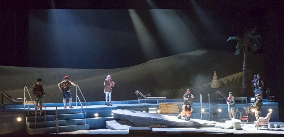 Linecké Hudební divadlo uvádí operu Salome, kterou složil Richard Strauss. Výrazně ji zmodernizovalo.