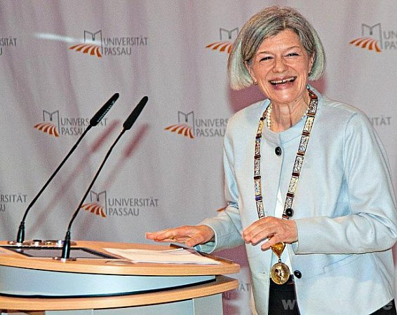 Prezidentka univerzity Carola Jungwirthová.