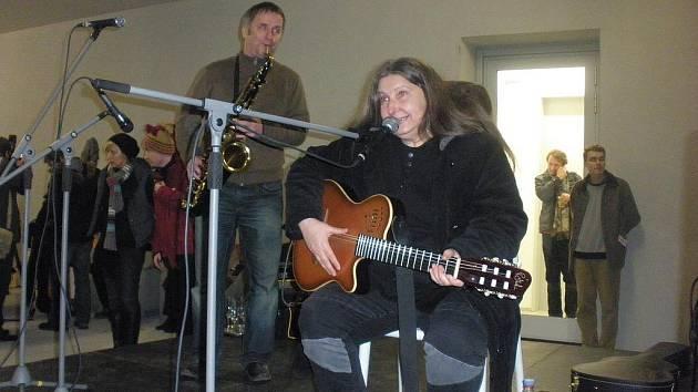 Dáša Vokatá zazpívala Ivanu Jirousovi i Václavu Havlovi.