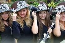 Dívčí kapela Country Sisters absolvuje začátkem března miniturné v jižních Čechách.