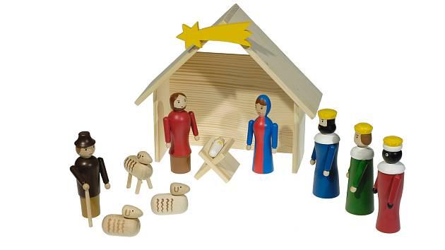 Unikátní dřevěné hračky a betlémy vyrábí Jiří Drhovský.
