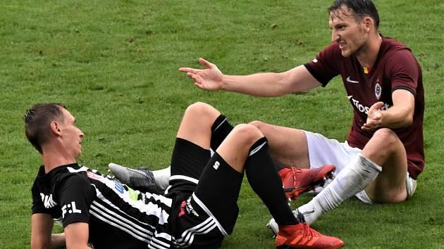 Na Letné minule hrálo Dynamo se Spartou 3:3 (na snímku je Pavel Novák spolu s Liborem Kozákem), jak to bude zítra?