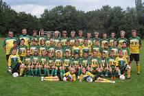 Účastníci Letní fotbalové školy v Nové Včelnici