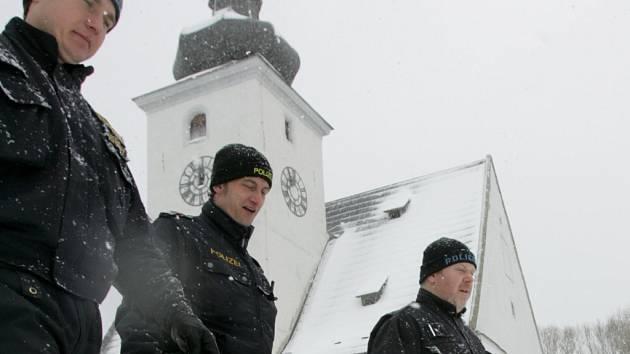 Hlídky tvořené českými a bavorskými nebo rakouskými policisty budou fungovat dál.
