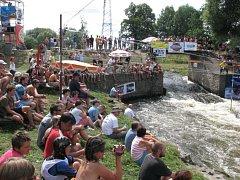 Podle pořadatelů si na festival Wave 2008 našlo cestu více lidí než v předchozích dvou ročnících. V realizačním týmu tak vládla spokojenost, akce se totiž navíc obešla bez vážných zranění.
