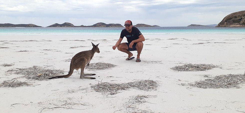 Filip Rozkošný z Velešína na Českokrumlovsku procestoval celou Austrálii. Domů se vrátil před pár týdny.
