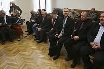 Obžalovaní zastupitelé u českobudějovického soudu.