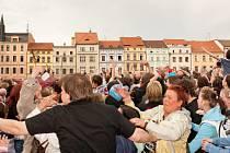 Panika na českobudějovickém náměstí Přemysla Otakara II. propukla při soukromé akci, kterou pořadatel nezvládl.