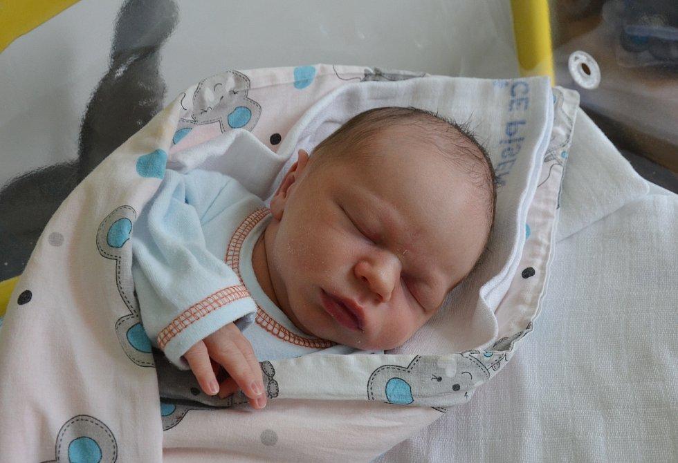 Vojtěch Kanda z Krče u Protivína. Syn Zuzany Schánilcové a Miroslava Kandy se narodil 13. 7. 2021 v 00.09 hodin. Při narození vážil 3500 g a měřil 50 cm. Doma se na brášku těšila Aneta (3).