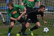 František Němec dal za strakonickou farmu minulý týden Rokycanům oba góly vítězných Strakonic, které v neděli hrají v divizním derby v Č. Krumlově.