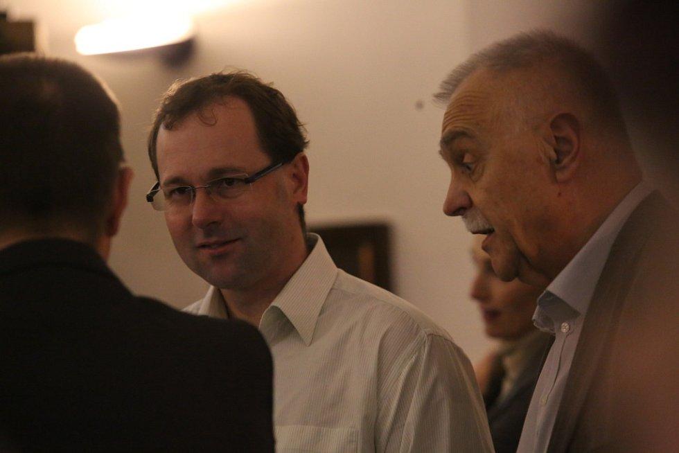 Pozvání na setkání s hejtmanem přijal i (zleva) Jaroslav Šima, ředitel Nemocnice Český Krumlov a Miroslav Janovský, ředitel Nemocnice Jindřichův Hradec.