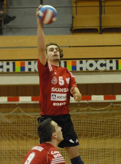 Jaroslav Emmer odehrál celý zápas.