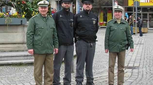 Na snímku jsou zleva Erwin Wölfl, Tomáš Rubáš, Jan Pleticha und Robert Forster.
