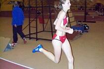 Lucie Sekanová (Sokol ČB) na strahovském oválu podala na dvoukilometrové trati velmi dobrý výkon. Možná se objeví i na mezinárodním mítinku ve Vídni.