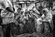 Blatenská fotografka Kamila Berndorffová, jež jezdí již 16 let do Indie, míří tentokrát do státu Uttarpradéš a vrátí se do opuštěného města císaře Akbara.