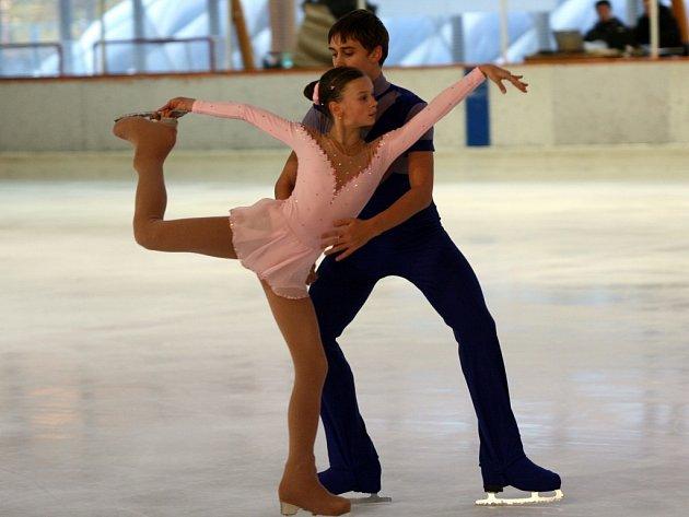 Českobudějovický Martin Bidař a Anna Dušková z USK Praha tvoří na ledě nadějný pár.