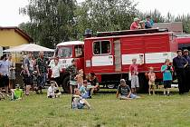 V Petříkově na Českobudějovicku v sobotu oslavili výročí SDH Petříkov a zároveň si připomněli 70 let od založení místní základní školy.