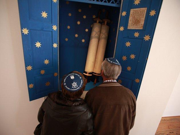 Obnovená synagoga ve Čkyni přilákala za dva roky skoro 3000 lidí.