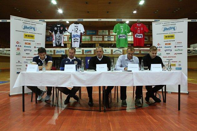 Tisková konference Jihostroje České Budějovice